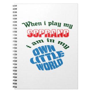 Cuando juego mi Soprano. Cuadernos