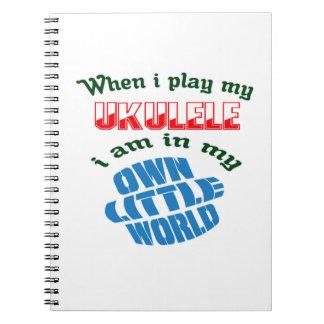Cuando juego mi Ukulele. Notebook