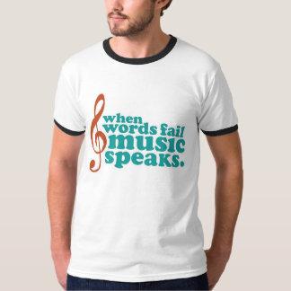 Cuando la música del fall de las palabras habla camisas