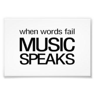 Cuando la música del fall de las palabras habla fotografías