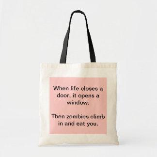 """""""Cuando la vida cierra tote de los zombis de una Bolsa"""