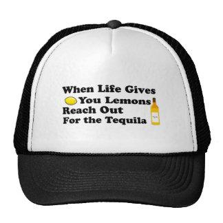 Cuando la vida le da los limones…. gorros bordados