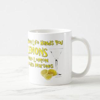 Cuando la vida le da los limones hacen la vodka Ma Taza Básica Blanca