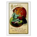 Cuando las brujas abundan en Halloween Felicitacion