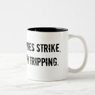 Cuando los zombis pegan la taza de café