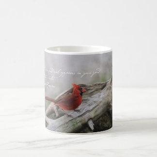 Cuando un cardenal aparece en su yarda… taza de café