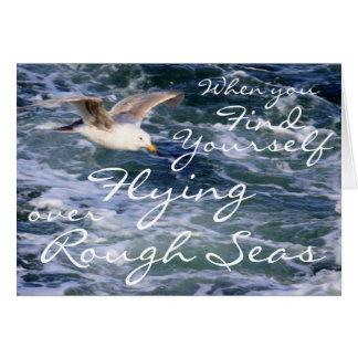 Cuando usted se encuentra el volar sobre los mares tarjeta de felicitación