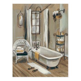 Cuarto de baño francés con la bañera tarjeta postal
