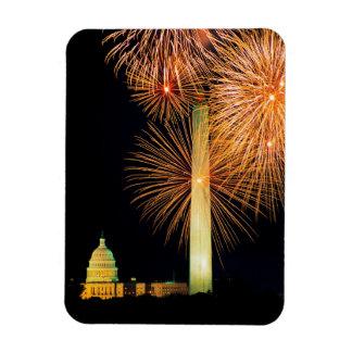 Cuarto de julio, exhibición del fuego artificial,  imán foto rectangular