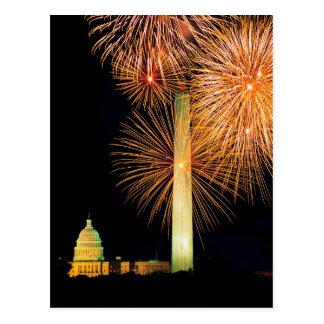 Cuarto de julio, exhibición del fuego artificial,  tarjeta postal
