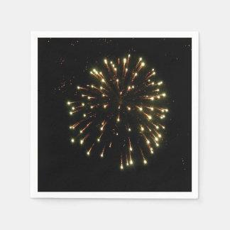 Cuarto de la explosión de los fuegos artificiales servilletas de papel
