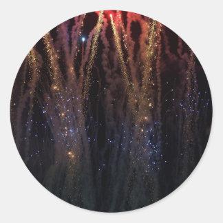Cuarto de los fuegos artificiales de las luces de etiquetas redondas