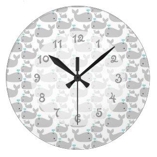 Cuarto de niños de la ballena gris reloj redondo grande
