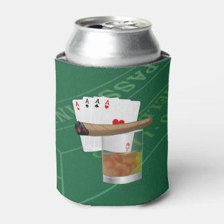 Cuatro as, una bebida y un cigarro enfriador de latas