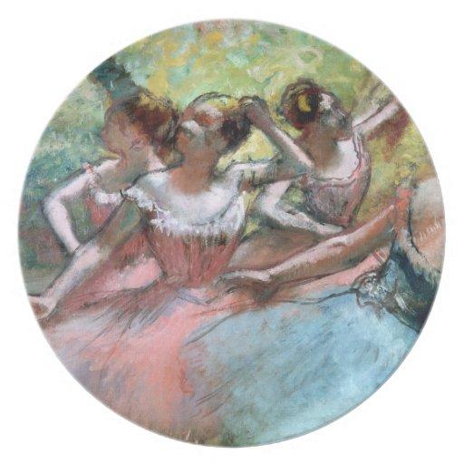 Cuatro bailarinas en la etapa (en colores pastel) plato