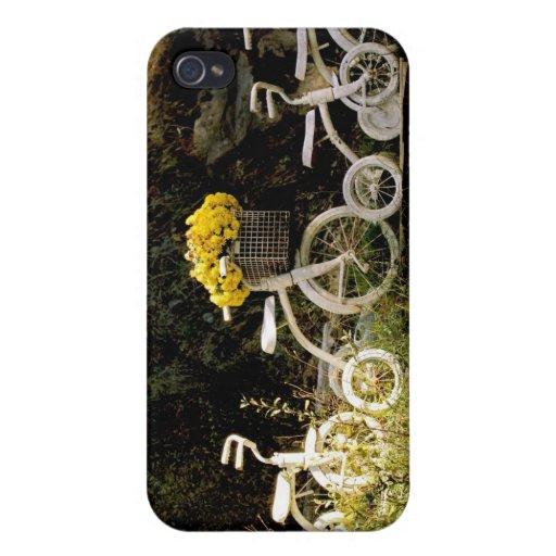 Cuatro blanco Trikes iPhone 4 Carcasas