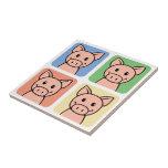 Cuatro cerdos azulejos