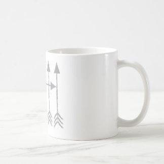 Cuatro flechas taza básica blanca