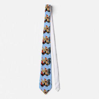 Cuatro gallos de pelea corbata