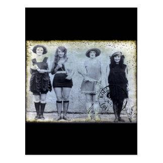 Cuatro ganadores del concurso de belleza tarjeta postal