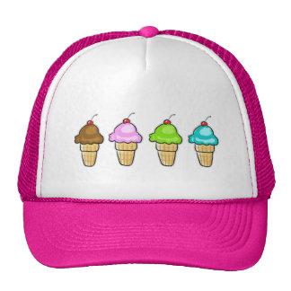 cuatro helado gorras