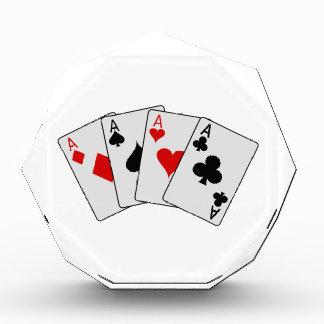 Cuatro naipes del póker de los as (cuatro de una