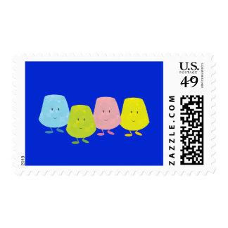 Cuatro pastillas de goma sonrientes sello