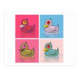 Cuatro patos coloridos postal