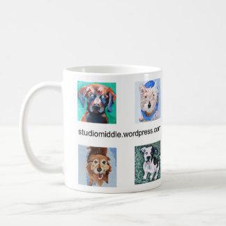 Cuatro perros cuadrados (retratos de HSUS) Taza Básica Blanca