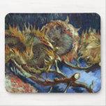 Cuatro Sunflowes ido para sembrar por Van Gogh Alfombrilla De Ratones