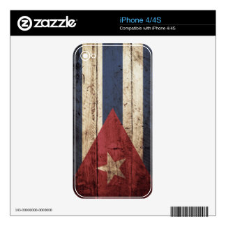Cuba Flag on Old Wood Grain Skin For The iPhone 4