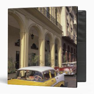 Cuba, La Habana. Chevy colorido a partir de los añ