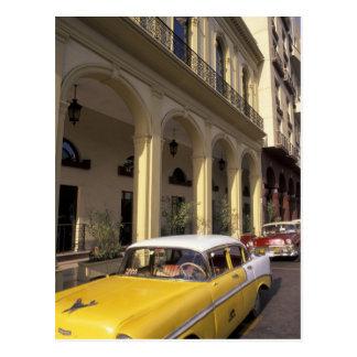 Cuba, La Habana. Chevy colorido a partir de los añ Postales