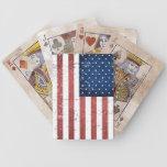 Cubierta apenada de bandera americana de naipes baraja