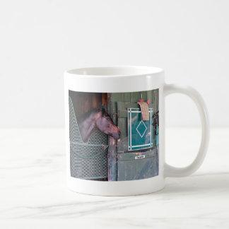 Cubierta apilada tazas de café