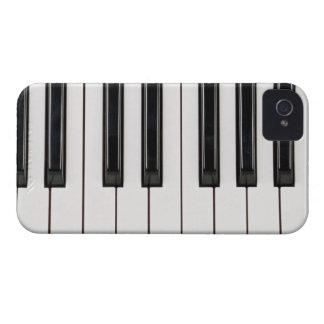 Cubierta blanco y negro de la caja del teclado de Case-Mate iPhone 4 funda