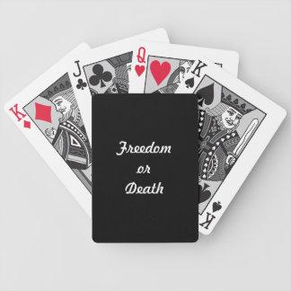 Cubierta de la libertad o de la muerte de tarjetas barajas de cartas
