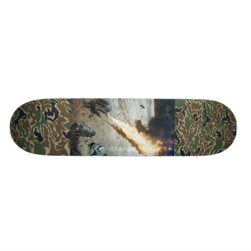 cubierta del lanzallamas de la guerra mundial 2 skate board