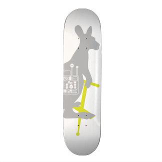Cubierta del monopatín del canguro del skate board