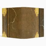 Cubierta del oro y de libro viejo