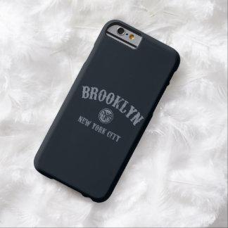 Cubierta del teléfono de Brooklyn Nueva York Funda De iPhone 6 Barely There