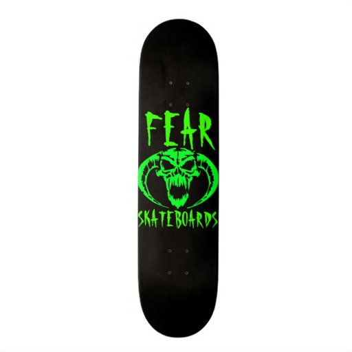 Cubierta negra del monopatín del miedo con verde