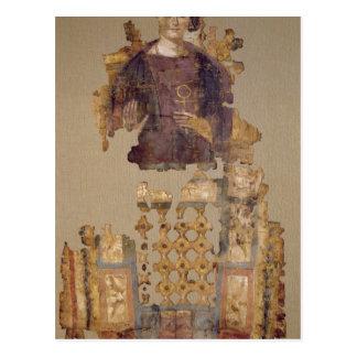 Cubierta que representa a una mujer que lleva a tarjetas postales