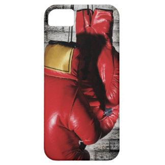 Cubierta roja de la caja de los guantes de boxeo iPhone 5 funda