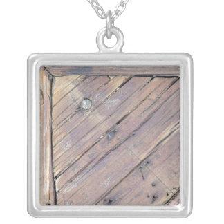 Cubierta texturizada áspera de madera resistida joyeria personalizada