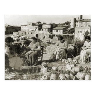 Cubiertas de la botella de la elaboración de vino  tarjetas postales