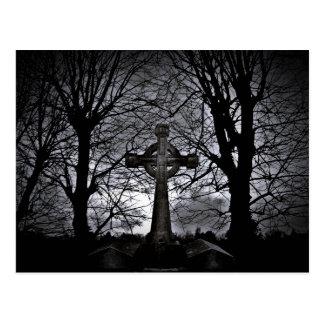 cubierto en postal de la oscuridad