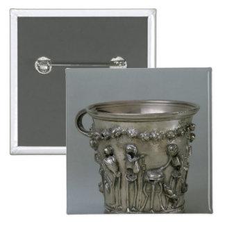 Cubilete grabado en relieve con los esqueletos pin cuadrado