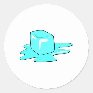 Cubo de hielo pegatina redonda