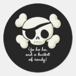 Cubo de pirata del caramelo pegatina redonda